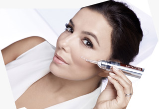Eva Longoria Revitalift Filler Serum